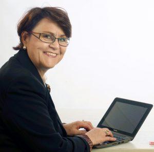 Angelika Albrecht schreibt über Projekte und Produkte der Baubranche
