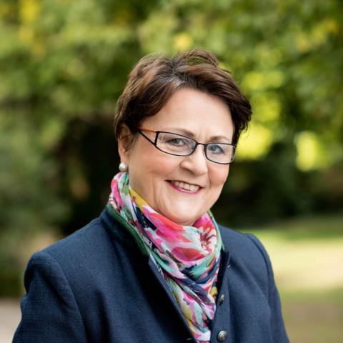 Angelika Albrecht Bonn